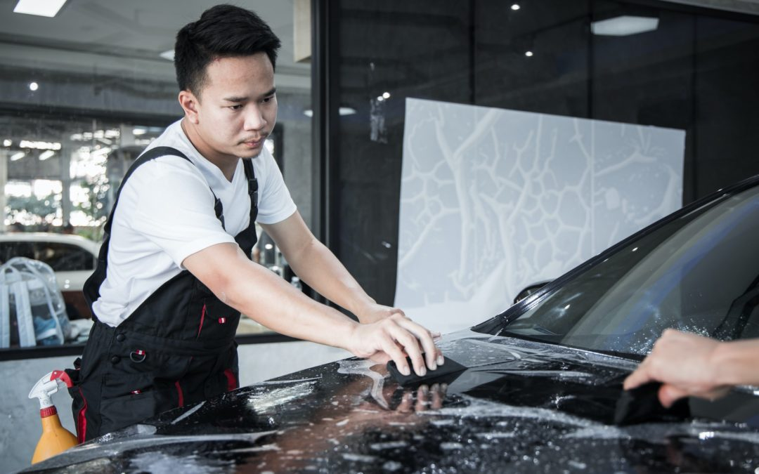 Paint Protection Films vs Ceramic Coating – Which is The Better Choice to Protect Your Car?